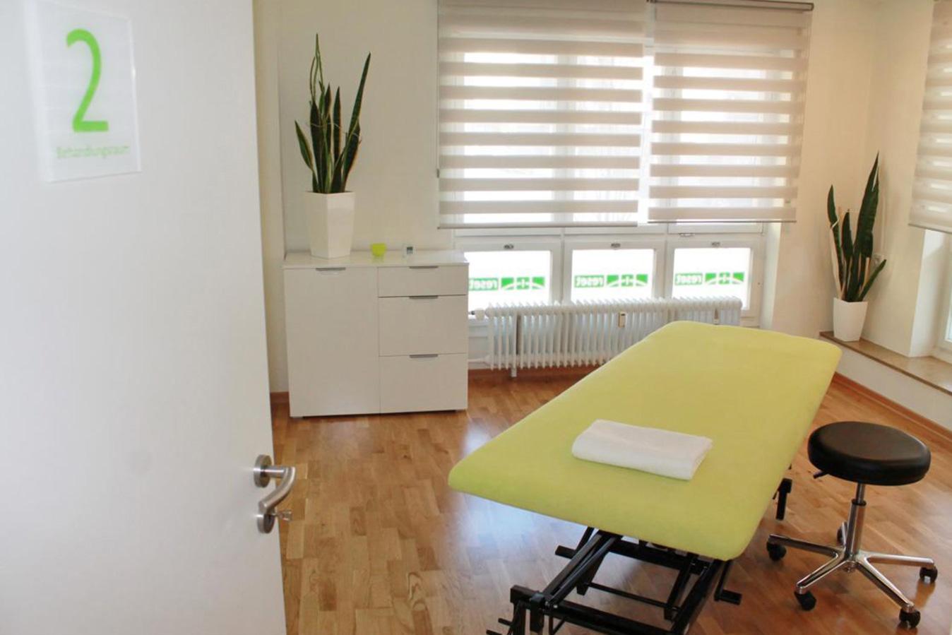 physiotherapie praxis standorte stuttgart s d und west. Black Bedroom Furniture Sets. Home Design Ideas